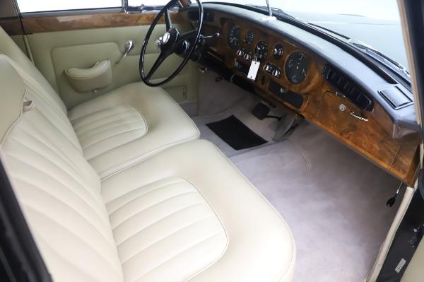 Used 1965 Rolls-Royce Silver Cloud III for sale $99,900 at Bentley Greenwich in Greenwich CT 06830 23