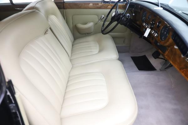 Used 1965 Rolls-Royce Silver Cloud III for sale $99,900 at Bentley Greenwich in Greenwich CT 06830 24