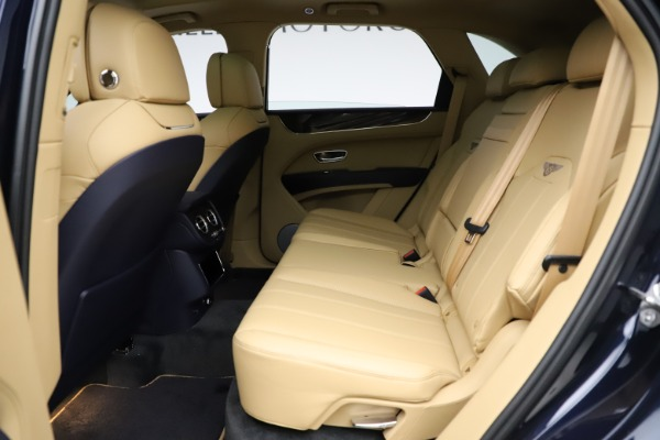 New 2021 Bentley Bentayga V8 for sale Sold at Bentley Greenwich in Greenwich CT 06830 21