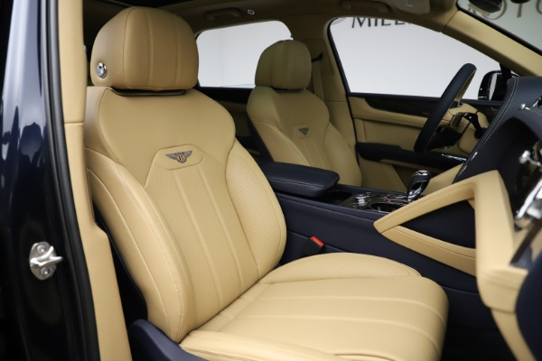 New 2021 Bentley Bentayga V8 for sale Sold at Bentley Greenwich in Greenwich CT 06830 26