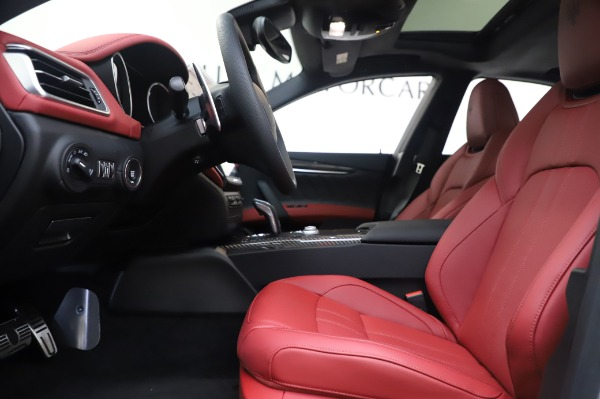 New 2020 Maserati Ghibli S Q4 GranSport for sale $93,285 at Bentley Greenwich in Greenwich CT 06830 15