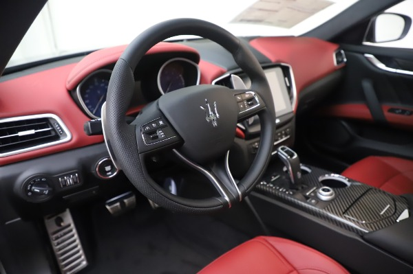 New 2020 Maserati Ghibli S Q4 GranSport for sale $93,285 at Bentley Greenwich in Greenwich CT 06830 16