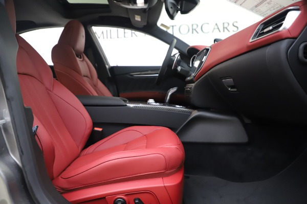 New 2020 Maserati Ghibli S Q4 GranSport for sale $93,285 at Bentley Greenwich in Greenwich CT 06830 23