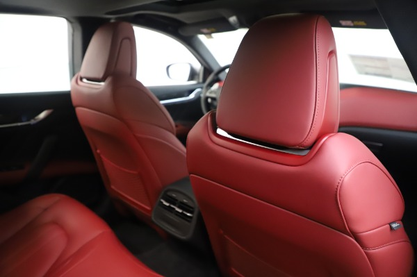 New 2020 Maserati Ghibli S Q4 GranSport for sale $93,285 at Bentley Greenwich in Greenwich CT 06830 27
