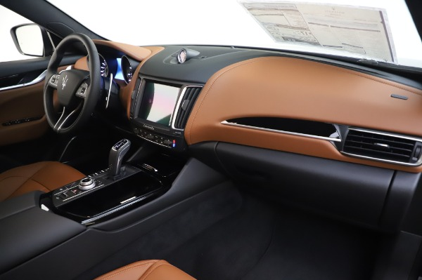 New 2020 Maserati Levante Q4 GranSport for sale $85,585 at Bentley Greenwich in Greenwich CT 06830 24
