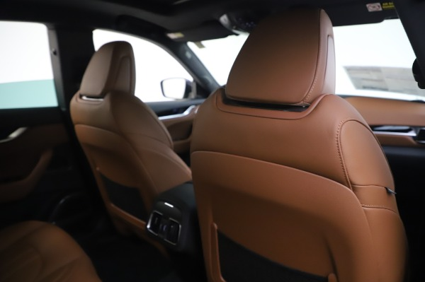 New 2020 Maserati Levante Q4 GranSport for sale $85,585 at Bentley Greenwich in Greenwich CT 06830 28