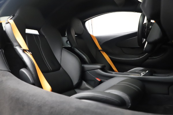Used 2017 McLaren 570S Coupe for sale $149,900 at Bentley Greenwich in Greenwich CT 06830 22