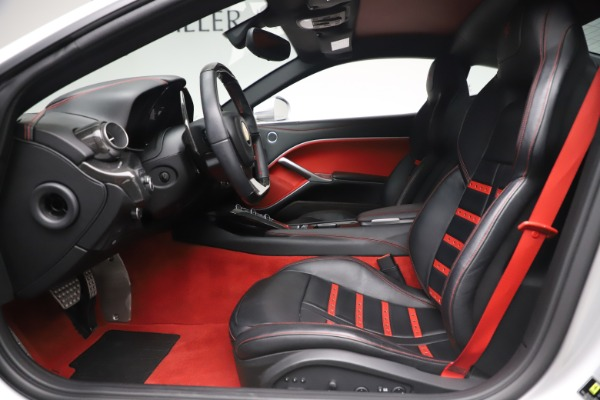 Used 2015 Ferrari F12 Berlinetta for sale $235,900 at Bentley Greenwich in Greenwich CT 06830 14