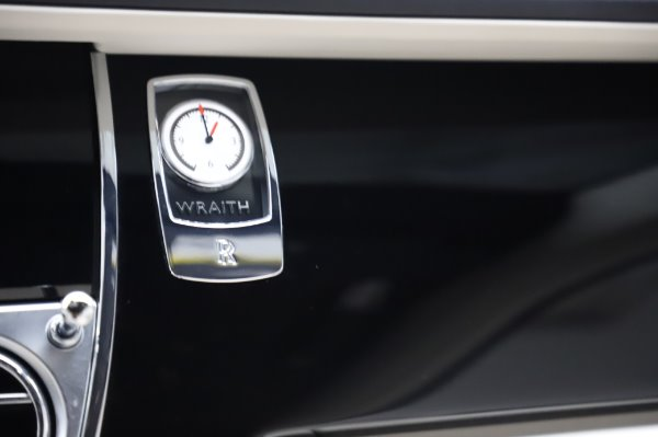 Used 2015 Rolls-Royce Wraith Base for sale Call for price at Bentley Greenwich in Greenwich CT 06830 23