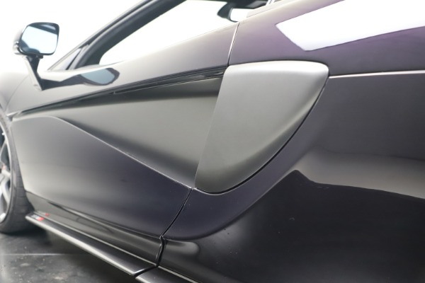 Used 2019 McLaren 570S Spider Convertible for sale $189,900 at Bentley Greenwich in Greenwich CT 06830 26