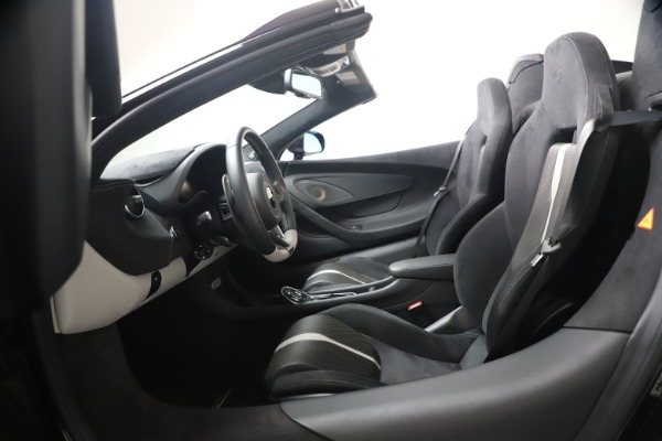 Used 2019 McLaren 570S Spider Convertible for sale $189,900 at Bentley Greenwich in Greenwich CT 06830 27