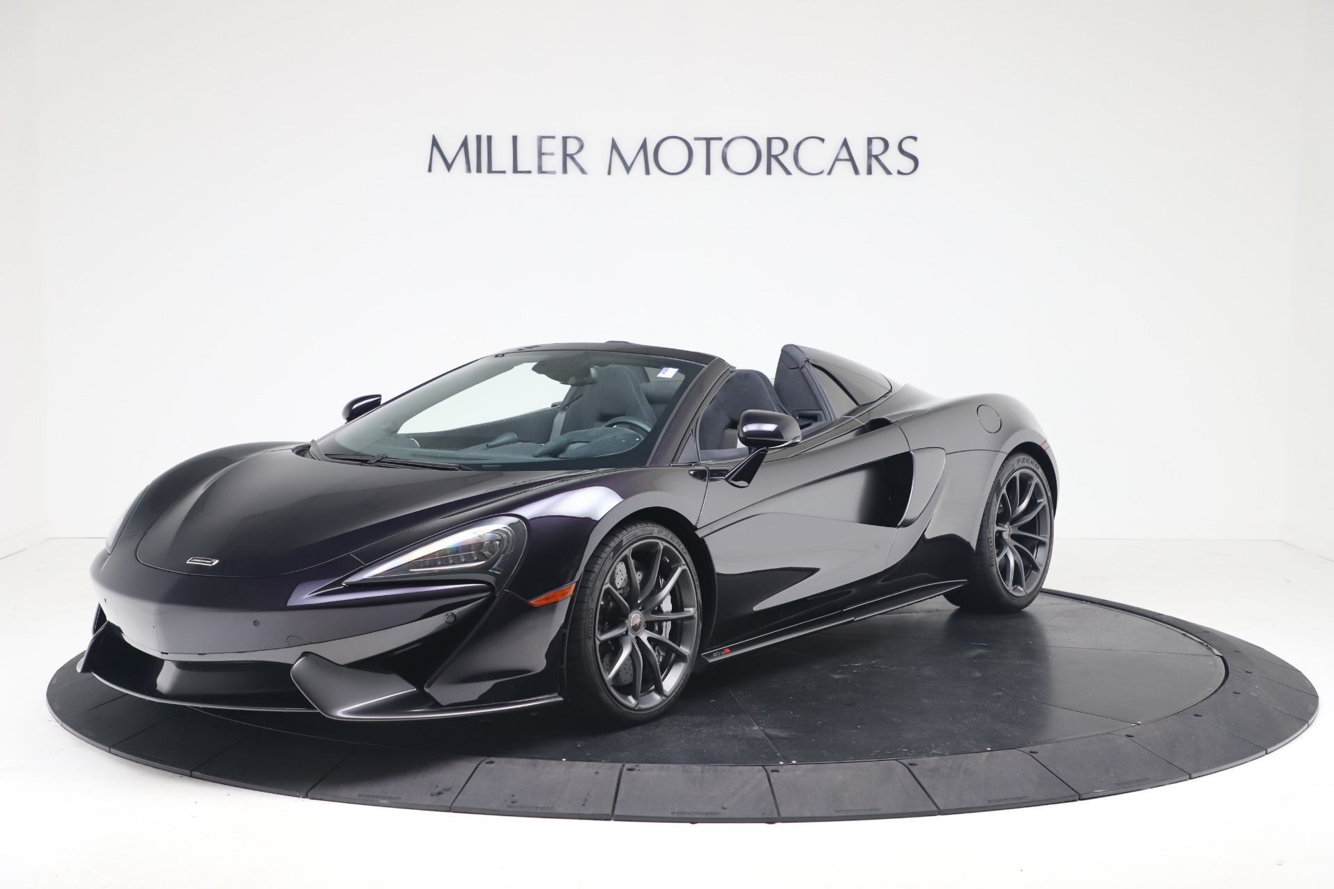 Used 2019 McLaren 570S Spider Convertible for sale $189,900 at Bentley Greenwich in Greenwich CT 06830 1