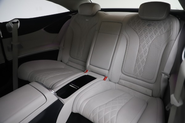 Used 2015 Mercedes-Benz S-Class S 550 4MATIC for sale Sold at Bentley Greenwich in Greenwich CT 06830 17