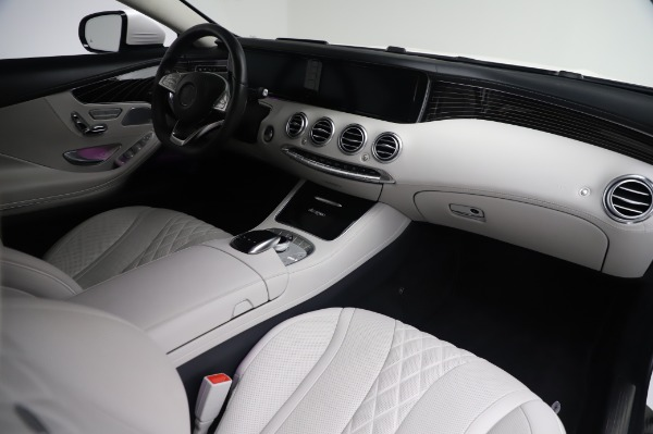 Used 2015 Mercedes-Benz S-Class S 550 4MATIC for sale Sold at Bentley Greenwich in Greenwich CT 06830 19