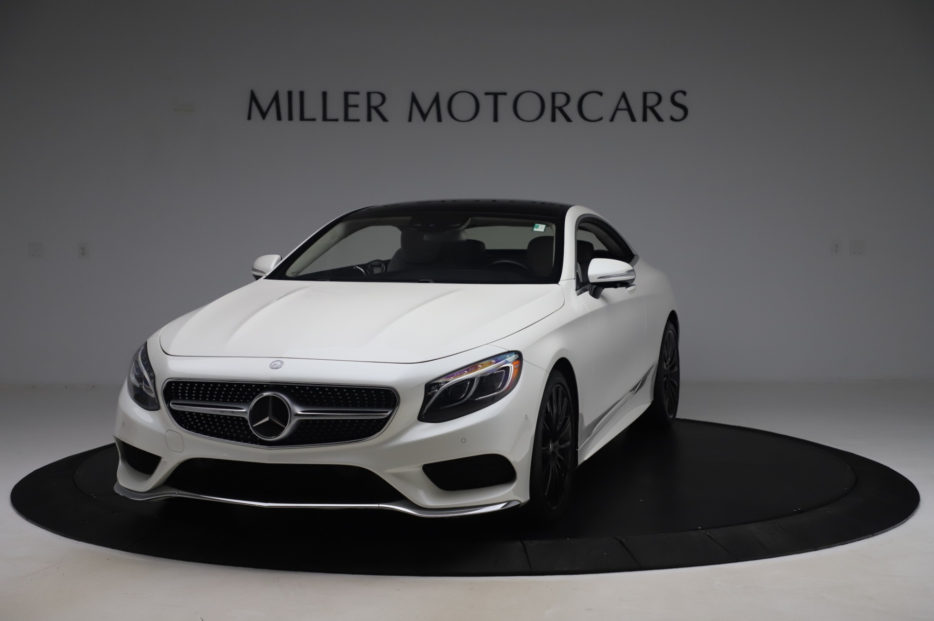 Used 2015 Mercedes-Benz S-Class S 550 4MATIC for sale Sold at Bentley Greenwich in Greenwich CT 06830 1