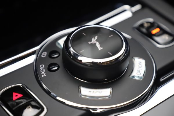 Used 2017 Rolls-Royce Wraith Black Badge for sale $269,900 at Bentley Greenwich in Greenwich CT 06830 19
