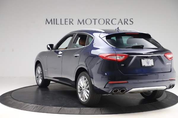 New 2020 Maserati Levante Q4 GranLusso for sale $88,635 at Bentley Greenwich in Greenwich CT 06830 5