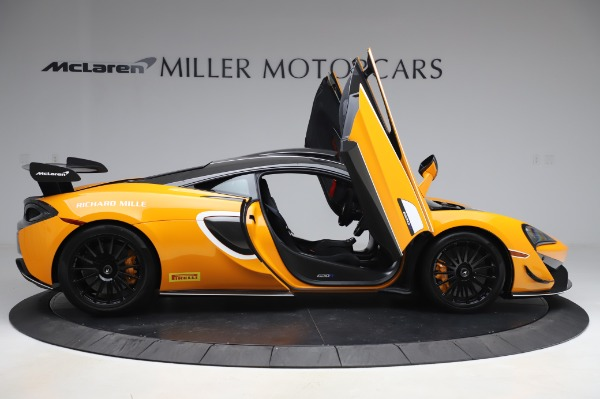 New 2020 McLaren 620R Coupe for sale Call for price at Bentley Greenwich in Greenwich CT 06830 15