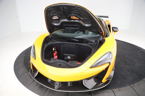 New 2020 McLaren 620R Coupe for sale Call for price at Bentley Greenwich in Greenwich CT 06830 23