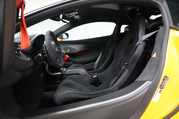 New 2020 McLaren 620R Coupe for sale Call for price at Bentley Greenwich in Greenwich CT 06830 24