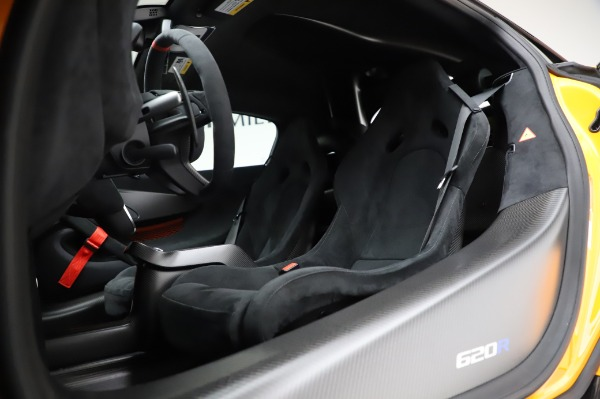 New 2020 McLaren 620R Coupe for sale Call for price at Bentley Greenwich in Greenwich CT 06830 25