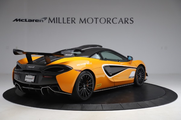 New 2020 McLaren 620R Coupe for sale Call for price at Bentley Greenwich in Greenwich CT 06830 5