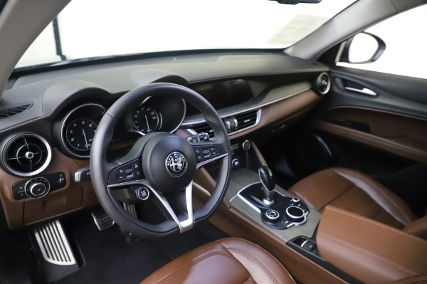 Used 2019 Alfa Romeo Stelvio Ti Lusso for sale Call for price at Bentley Greenwich in Greenwich CT 06830 13