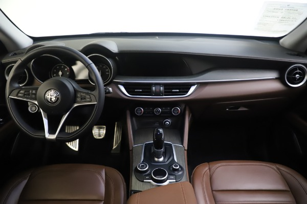 Used 2019 Alfa Romeo Stelvio Ti Lusso for sale Call for price at Bentley Greenwich in Greenwich CT 06830 16