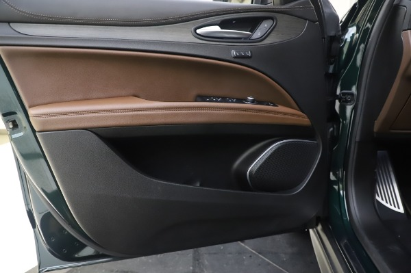 Used 2019 Alfa Romeo Stelvio Ti Lusso for sale Call for price at Bentley Greenwich in Greenwich CT 06830 17