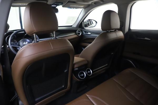 Used 2019 Alfa Romeo Stelvio Ti Lusso for sale Call for price at Bentley Greenwich in Greenwich CT 06830 20
