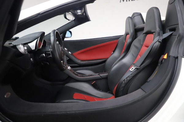 Used 2016 McLaren 650S Spider for sale $152,900 at Bentley Greenwich in Greenwich CT 06830 24