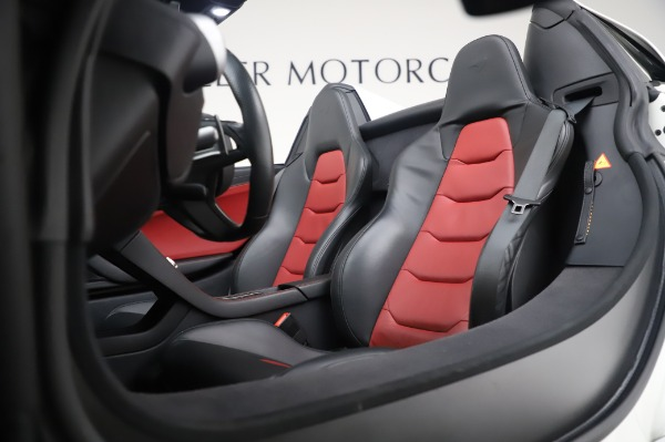 Used 2016 McLaren 650S Spider for sale $152,900 at Bentley Greenwich in Greenwich CT 06830 25
