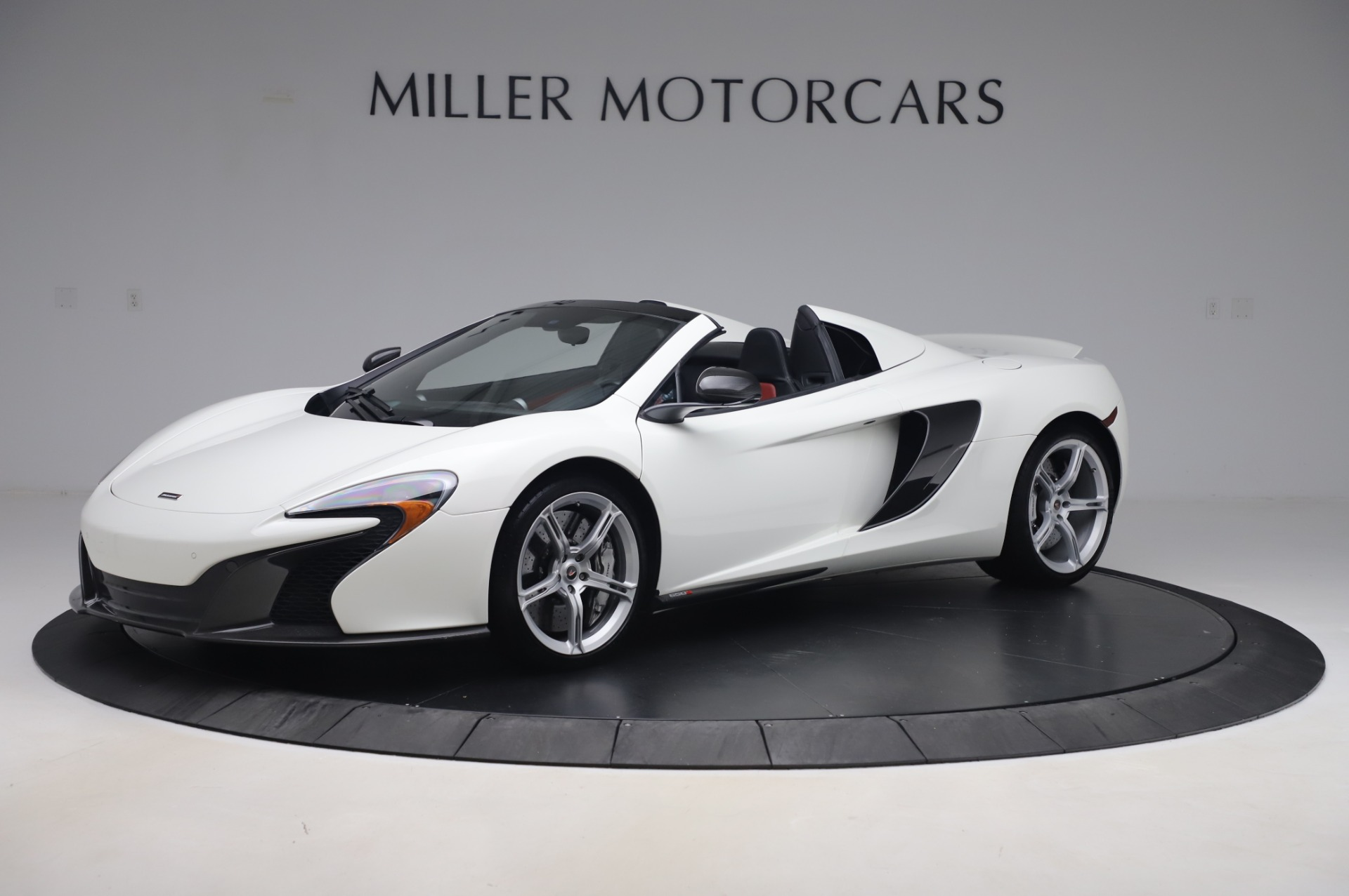 Used 2016 McLaren 650S Spider for sale $152,900 at Bentley Greenwich in Greenwich CT 06830 1