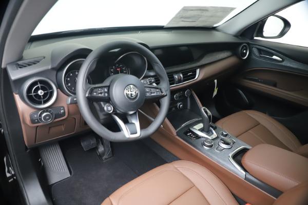 New 2020 Alfa Romeo Stelvio Q4 for sale $49,045 at Bentley Greenwich in Greenwich CT 06830 16