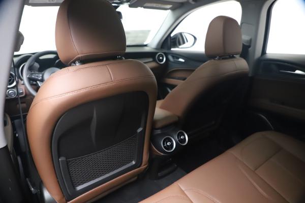New 2020 Alfa Romeo Stelvio Q4 for sale $49,045 at Bentley Greenwich in Greenwich CT 06830 19