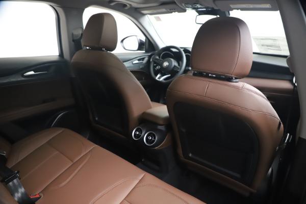 New 2020 Alfa Romeo Stelvio Q4 for sale $49,045 at Bentley Greenwich in Greenwich CT 06830 27