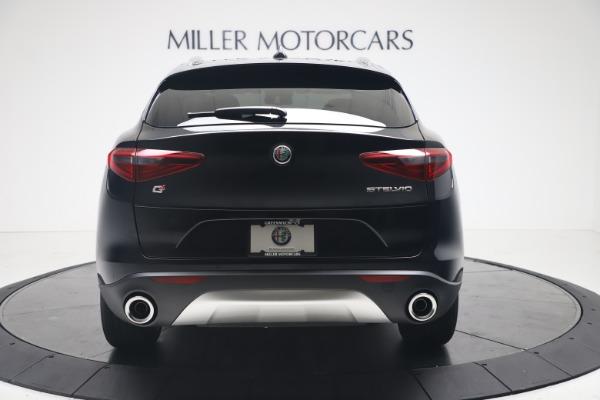 New 2020 Alfa Romeo Stelvio Q4 for sale $49,045 at Bentley Greenwich in Greenwich CT 06830 6