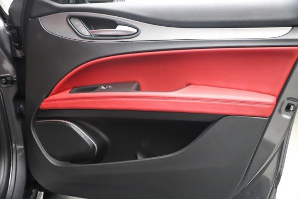 New 2020 Alfa Romeo Stelvio Ti Sport Q4 for sale Call for price at Bentley Greenwich in Greenwich CT 06830 25