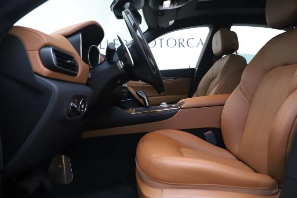 New 2020 Maserati Levante Q4 GranLusso for sale $87,449 at Bentley Greenwich in Greenwich CT 06830 15