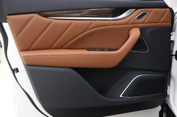 New 2020 Maserati Levante Q4 GranLusso for sale $87,449 at Bentley Greenwich in Greenwich CT 06830 17