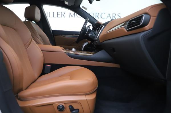 New 2020 Maserati Levante Q4 GranLusso for sale $87,449 at Bentley Greenwich in Greenwich CT 06830 24