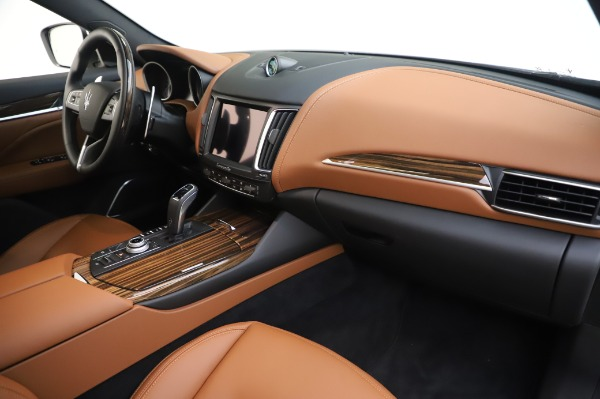New 2020 Maserati Levante Q4 GranLusso for sale $87,449 at Bentley Greenwich in Greenwich CT 06830 25