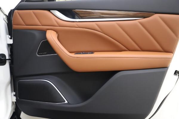 New 2020 Maserati Levante Q4 GranLusso for sale $87,449 at Bentley Greenwich in Greenwich CT 06830 26
