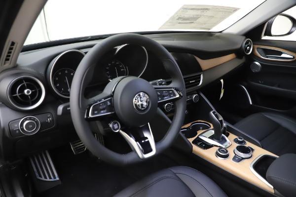 New 2020 Alfa Romeo Giulia Ti Lusso Q4 for sale $51,195 at Bentley Greenwich in Greenwich CT 06830 17
