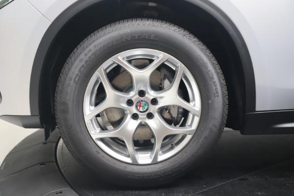 New 2020 Alfa Romeo Stelvio Q4 for sale $49,795 at Bentley Greenwich in Greenwich CT 06830 14