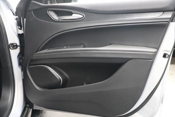 New 2020 Alfa Romeo Stelvio Q4 for sale $49,795 at Bentley Greenwich in Greenwich CT 06830 25