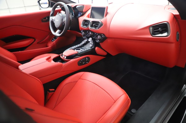 New 2020 Aston Martin Vantage Coupe for sale $185,181 at Bentley Greenwich in Greenwich CT 06830 17