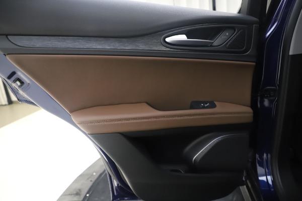 New 2020 Alfa Romeo Stelvio Q4 for sale $49,795 at Bentley Greenwich in Greenwich CT 06830 22