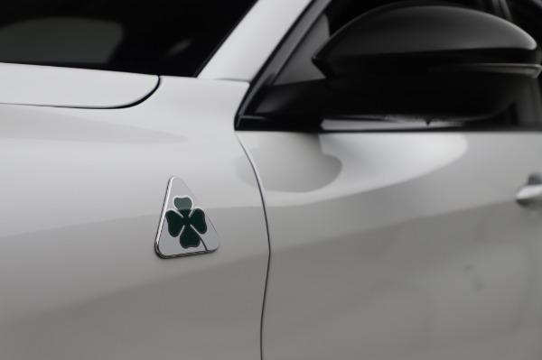 New 2020 Alfa Romeo Stelvio Quadrifoglio for sale $90,945 at Bentley Greenwich in Greenwich CT 06830 16