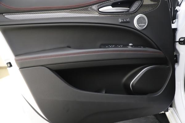 New 2020 Alfa Romeo Stelvio Quadrifoglio for sale $90,945 at Bentley Greenwich in Greenwich CT 06830 23
